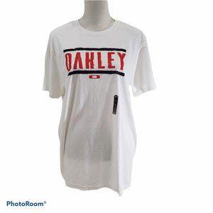 Oakley Men's Sz L Fitted Tee  White w Oakley NWT